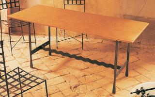 tavolo in ferro e cotto