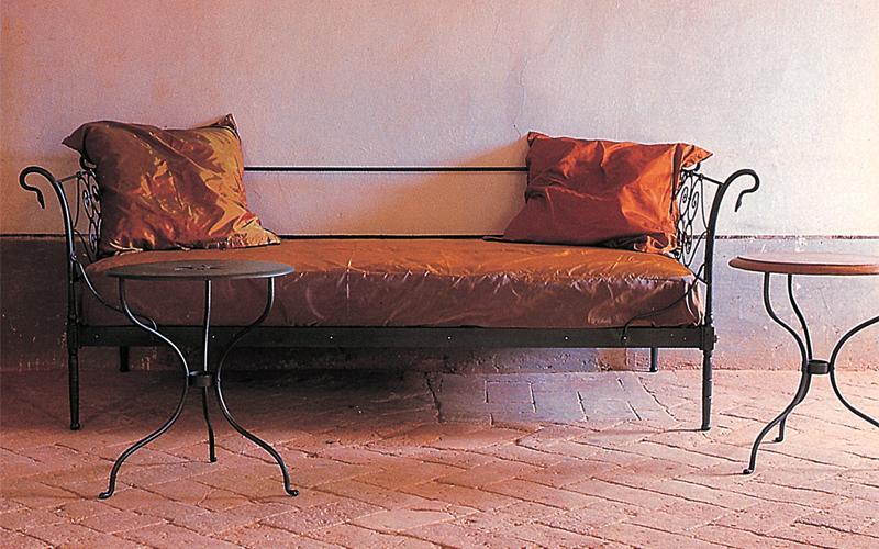 Divano letto letti in ferro battuto caporali il ferro soffiato produzione letti matrimoniali - Divano ferro battuto antico ...