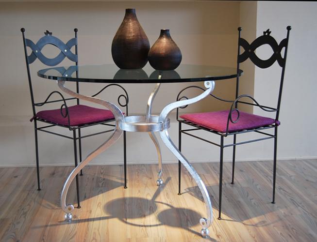 Tavolo rotondo in ferro e vetro letti in ferro battuto - Tavolo ferro battuto e vetro ...
